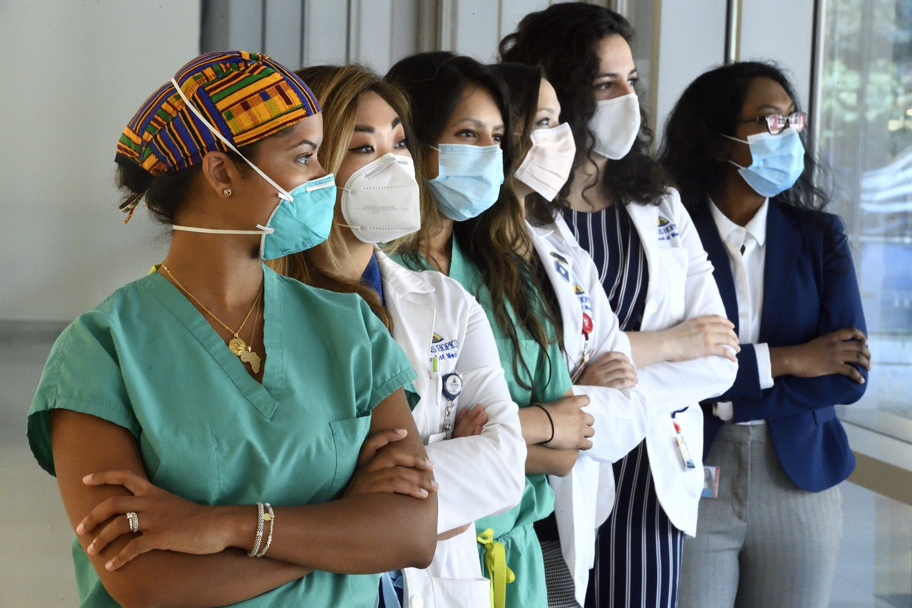 Nineteen perspectives on COVID-19: How the pandemic impacted women in training for plastic and reconstructive surgery